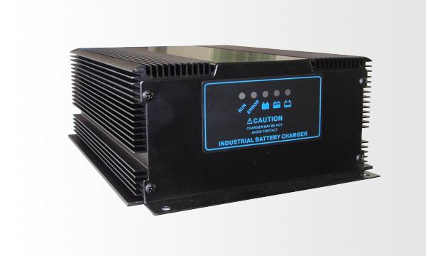 300W智能充电器(自冷)